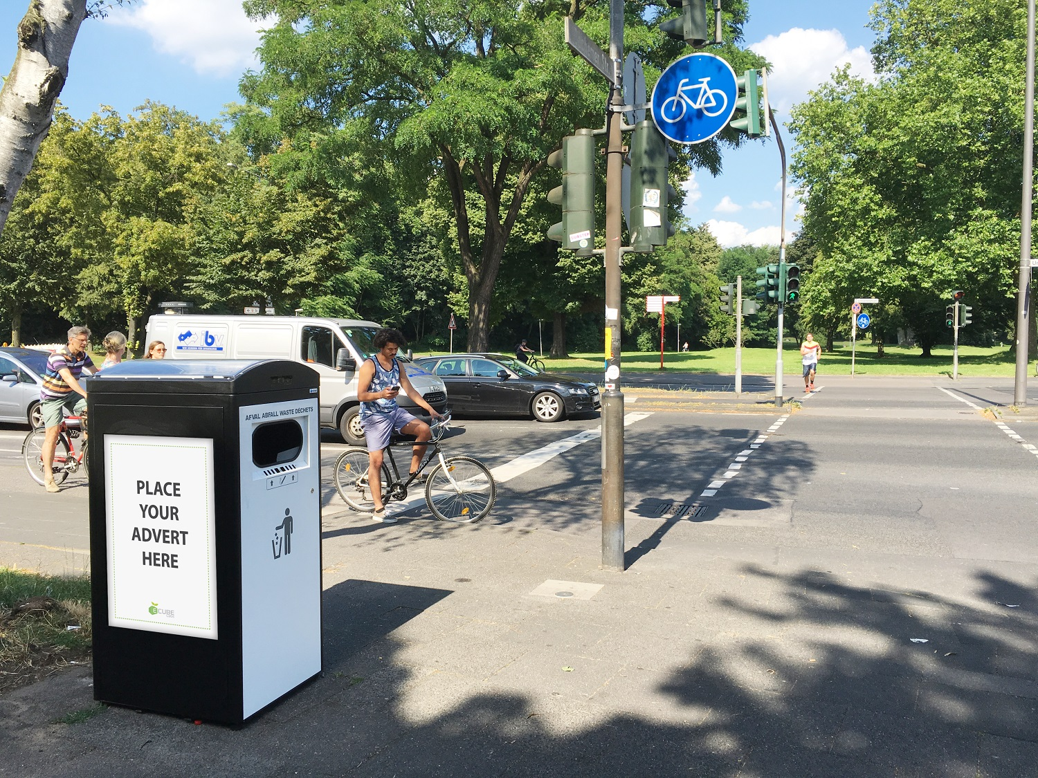 Solar garbage bin in Cologne, Germany
