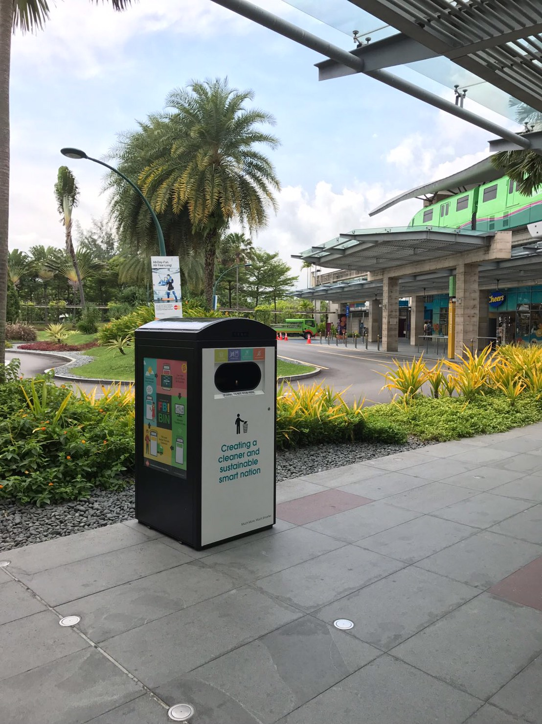 Solar waste bin in Sentosa, Singapore