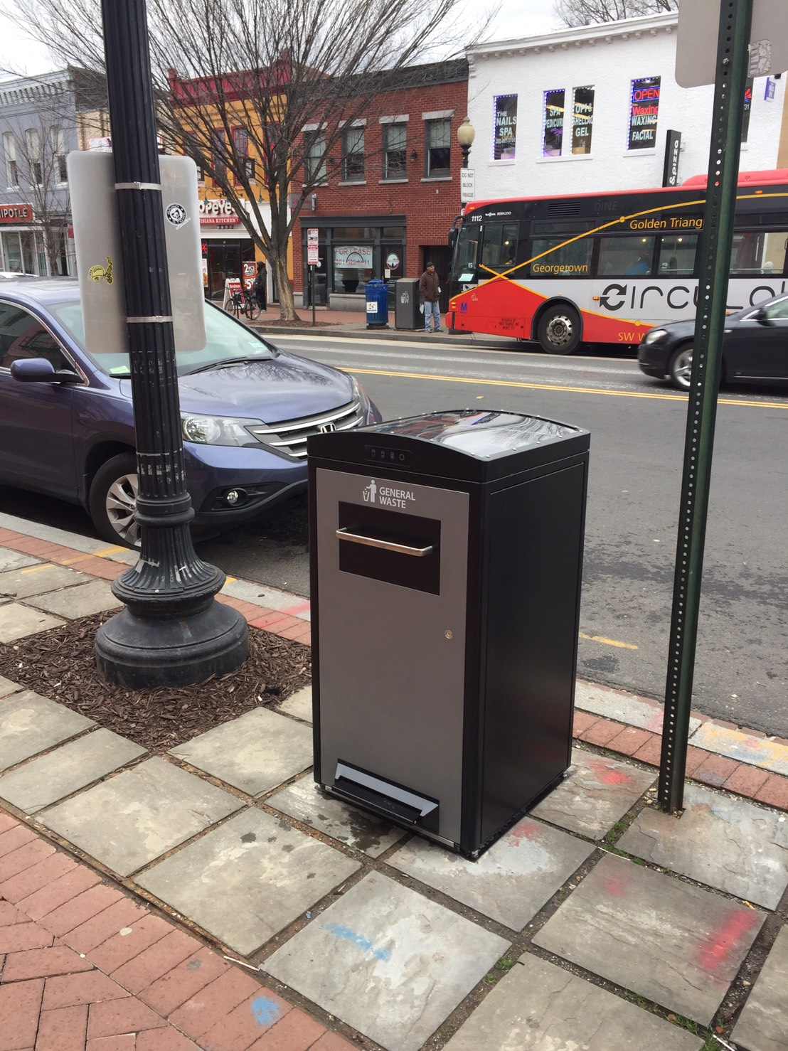 Solar trash bin in Washington, D.C.