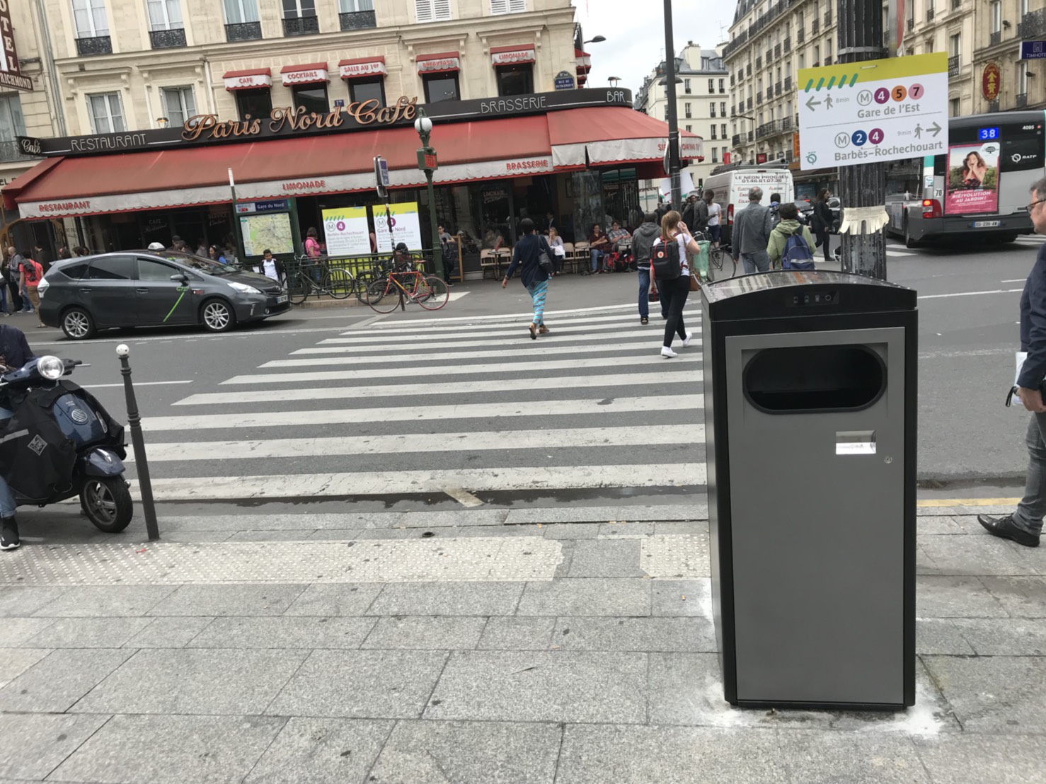 Paris Municipality Installs Ecube's Solar-Powered Waste Compactors